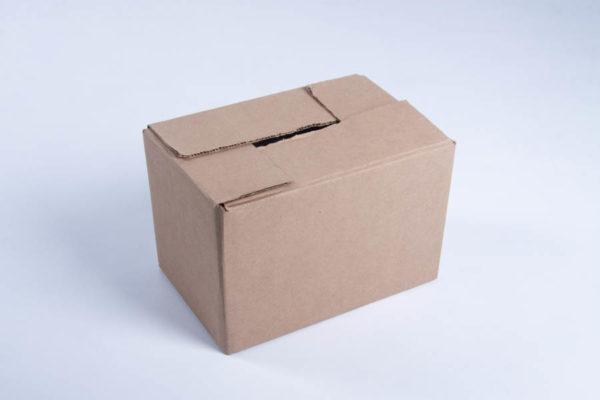 BOX191_R6_00.jpg