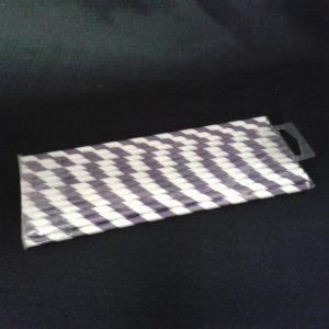 strawpaperpurplestripes.jpg